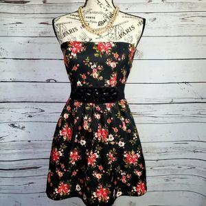 FOREVER 21 Black Rose Print Dress   Small